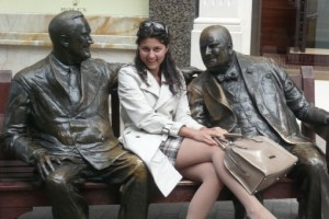 cropped-london-statues.jpeg